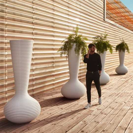Bloom Contemporary Design Planter by Vondom - Suitable for indoor and outdoor use