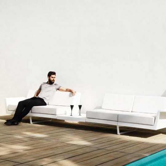 Outdoor Flat B 4 seater Sofa with integrated Table by Vondom