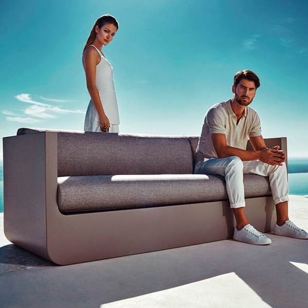 Ulm Sofa Outdoor Polyethylene Sofa With Matt Finish By Vondom