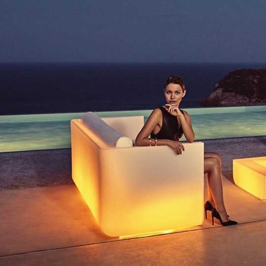 ULM Sofa RGB - Outdoor Couch with Multicolor LED Light - Vondom
