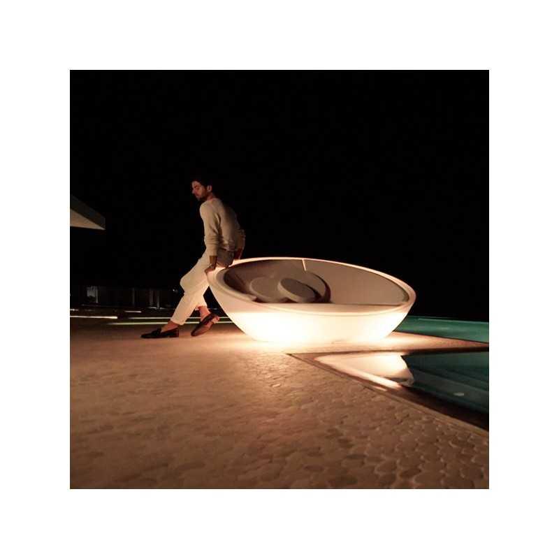 ULM Daybed - Round White Lighted Polyethylene Round Chaise - Vondom