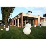 Outdoor GLOBO 70 Bubble Lamp ideal to stand out your Headquarter from your competitors