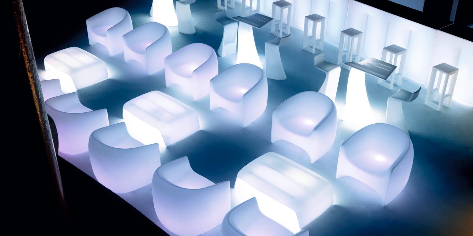 blow sofa rgb outdoor polyethylene divan with multicolor. Black Bedroom Furniture Sets. Home Design Ideas