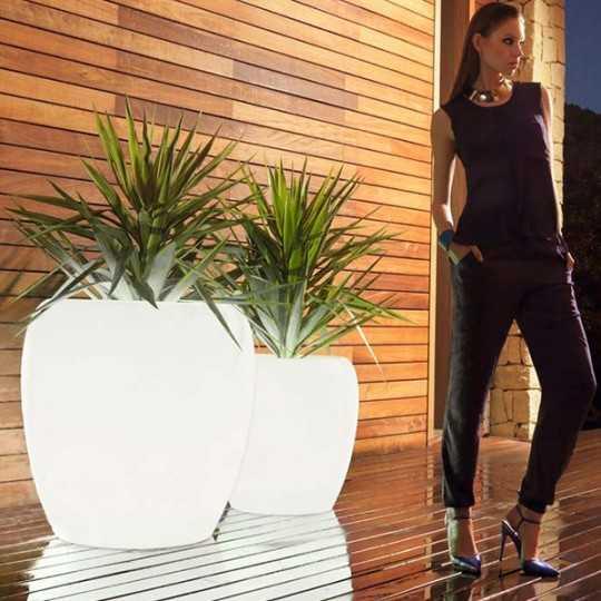 BLOW Pot Luz 80 - Big Design Outdoor Polyethylene Planter with White LED Light