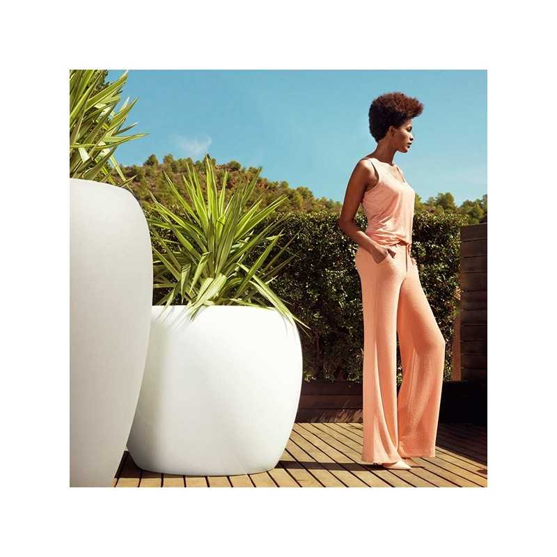 BLOW Pot 75 Lacquered - Giant Outdoor Polyethylene Planter with Lacquered Finish