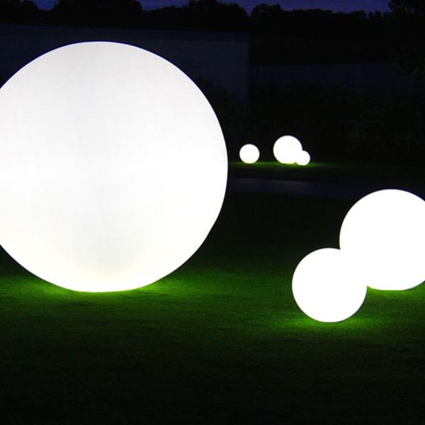 GLOBO 120 WIRELESS Giant Wireless Lighting Ball 120 cm Diameter