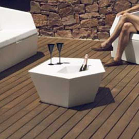 Faz Coffee Table - Outdoor Design Table with Matt Finish and Champagne Bucket - Vondom