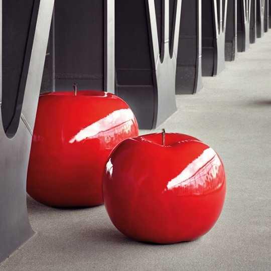 Apple Brilliant Varnish - XXL Fruit Sculpture Outdoor Indoor Use