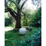 Pomme Blanche Vernis Brillant Sculpture Exterieure Interieure Bull & Stein Lisa Pappon