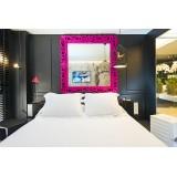 Mirror L Lacquered Color Fuchsia Mirror of Love Slide Design