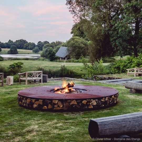 ZERO 300 Extra Large Outdoor Rust Finish Corten Steel Fire Pit for Resort Hotel