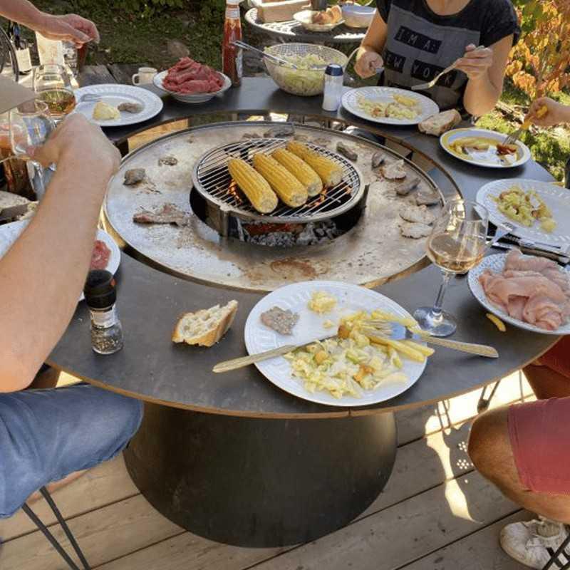 FUSION MEDIUM WOOD Outdoor table Brazier Barbecue 8 seats VULX