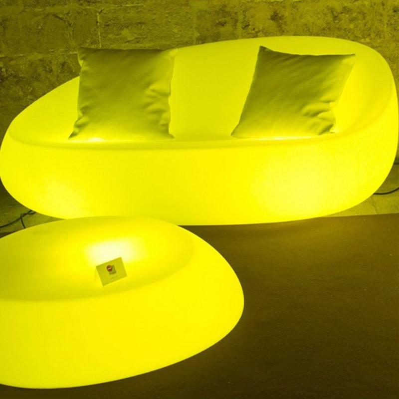 Présentation collection de mobilier design et lumineux à led sans fil Stone Vondom